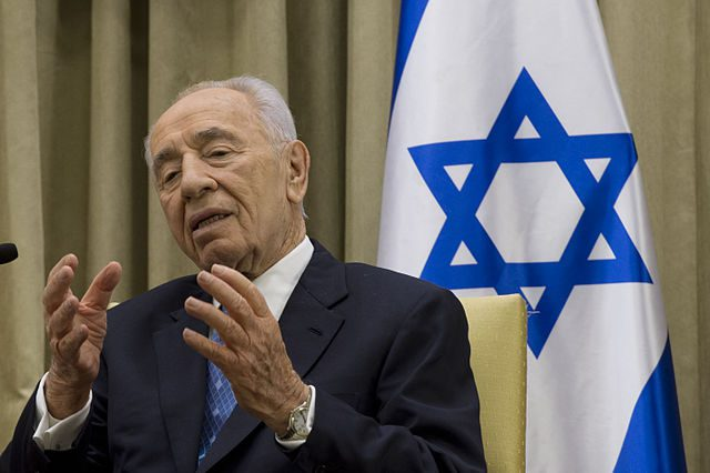 640px-israeli_president_shimon_peres_speaks_during_a_meeting_with_secretary_of_defense_chuck_hagel_in_jerusalem_april_22_2013