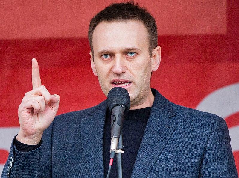Envoyer un message privé 800px-Alexei_Navalny.-wikimedia-commonsjpg